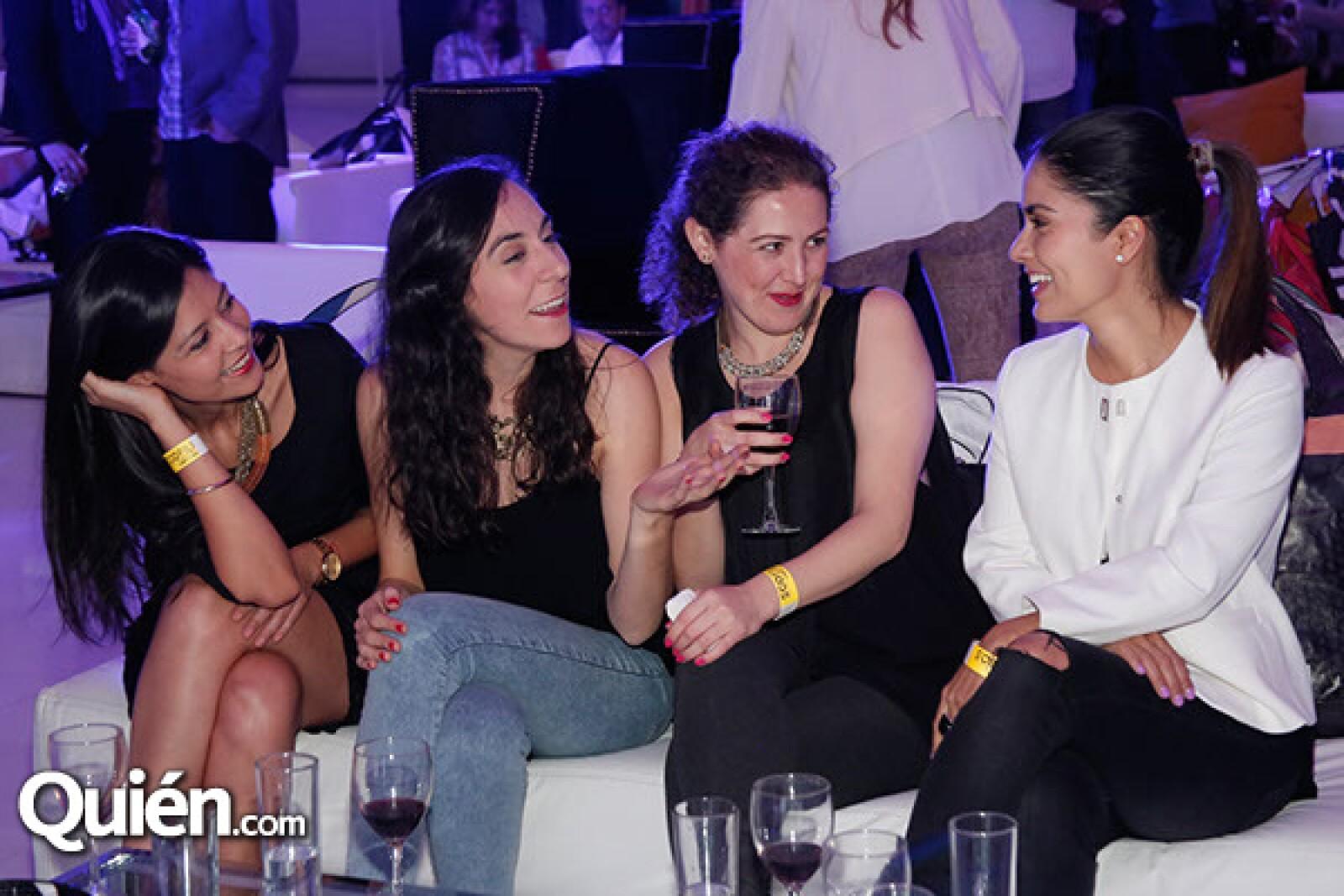 Kathy Villarreal,Patricia Mijares,Tania Romero y Paola Jurado