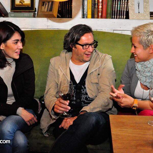 Nuria Martínez,Aurelio Vázuez y Nadia Borras
