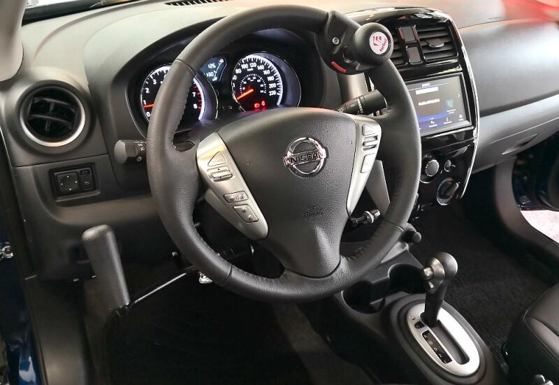 Nissan Versa Hand Control.jpg