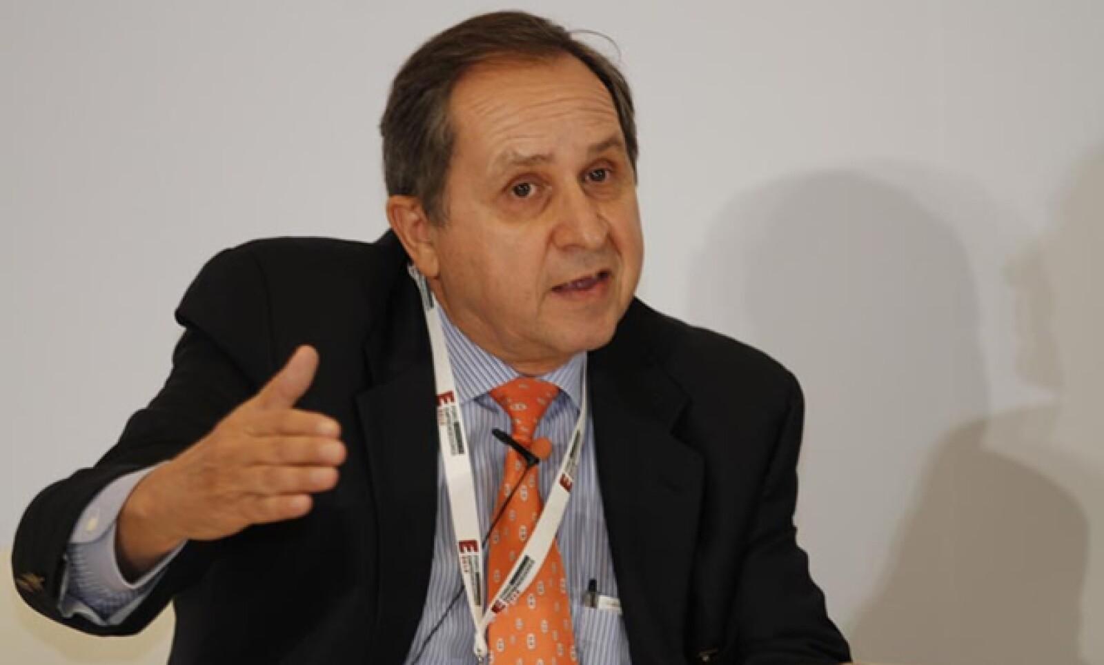 El catedrático del Tecnológico de Monterrey destacó que la mortandad de empresas es en la actualidad de 15 años, cuando antes era de 25 o 30 años.