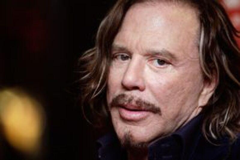 El actor aún se encuentra en negociaciones para la cinta que se espera estrenar en 2010.