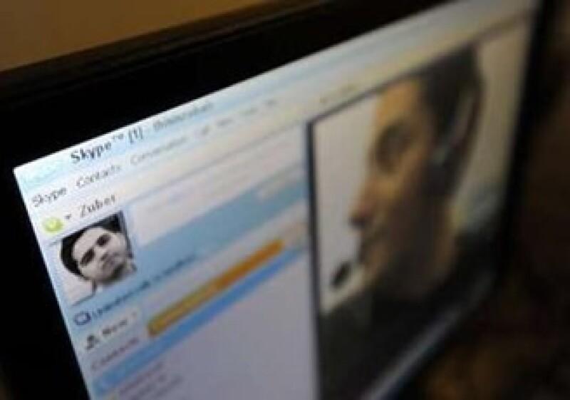 Skype tiene 124 millones de usuarios registrados, y sus ingresos totalizaron 406.1 mdd en la primera mitad de año. (Foto: Reuters)