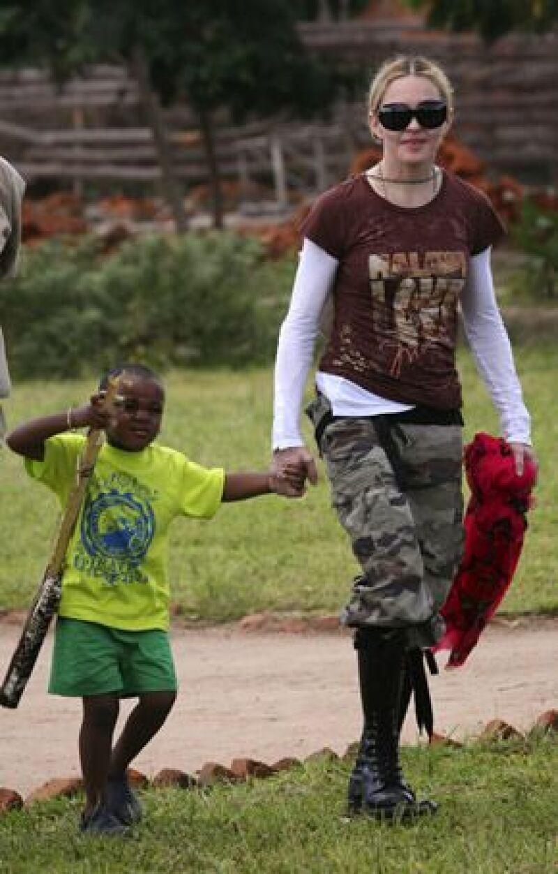 Pese a las protestas de varios grupos de derechos civiles, la Reina del Pop no está sola y el gobierno del país africano la apoya para que adopte un segundo bebé en este lugar.