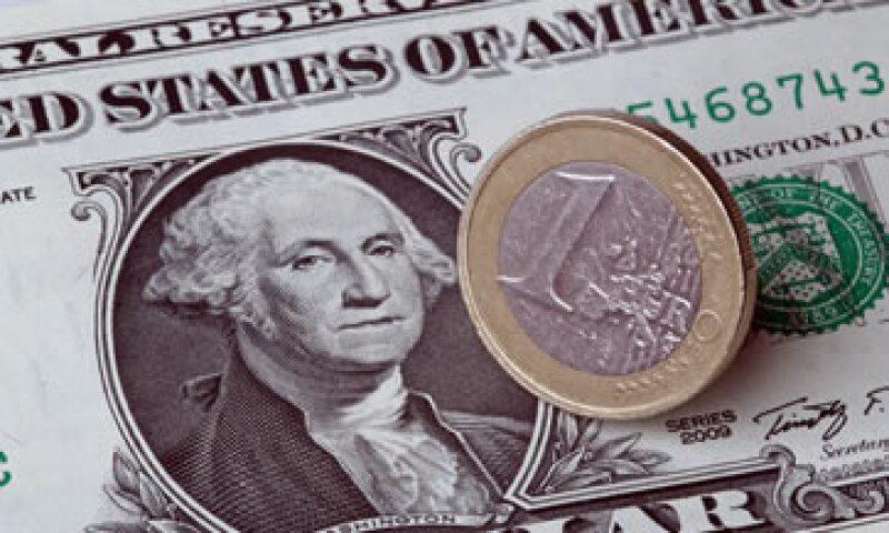 La base monetaria aumentó a 893,472 millones de pesos. (Foto: AFP)