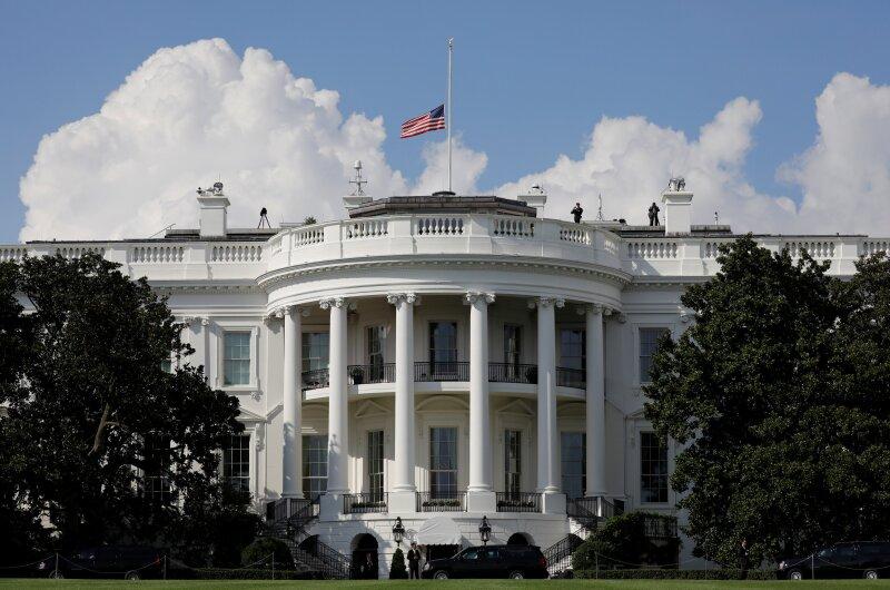 Casa Blaca política de celulares Estados Unidos Donald Trump