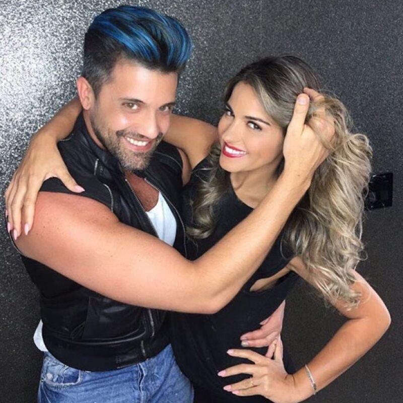 La cantante decidió darle un &#39refresh&#39 a su pelo añadiéndole un color mucho más claro y, no perdió oportunidad para presumirlo.