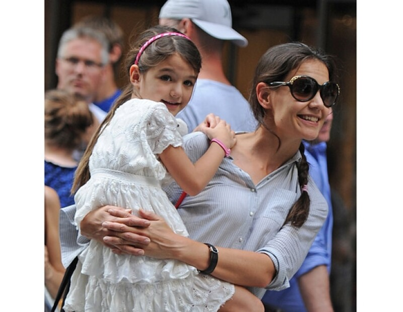Ropa, tabletas, una casa y hasta un coche recibirá la primogénita de la actriz quien a sus seis años ya cuenta con un armario valorado en tres millones de dólares.