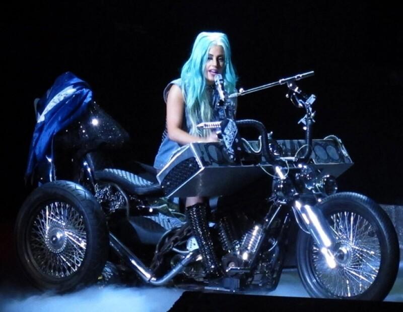 Lady Gaga soprenderá a sus fans mexicanos.