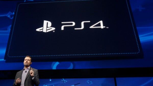 Sony ha establecido alianzas con Facebook y Ustream donde los usuarios podrán comentar al instante sus experiencias en cada juego. (Foto: Reuters)