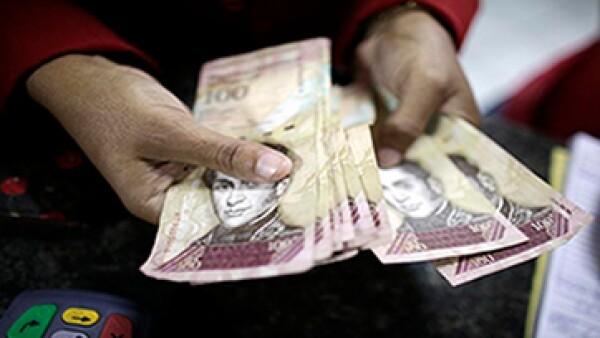 Las solicitudes de divisas realizadas antes del 15 de enero, serán liquidadas con el anterior tipo de cambio. (Foto: Getty Images)