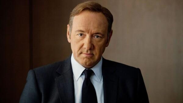 Kevin Spacey tiene 56 años.