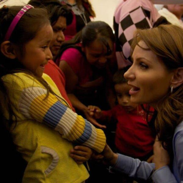 Los Primeros Días De Angélica Rivera Como Presidenta Del DIF