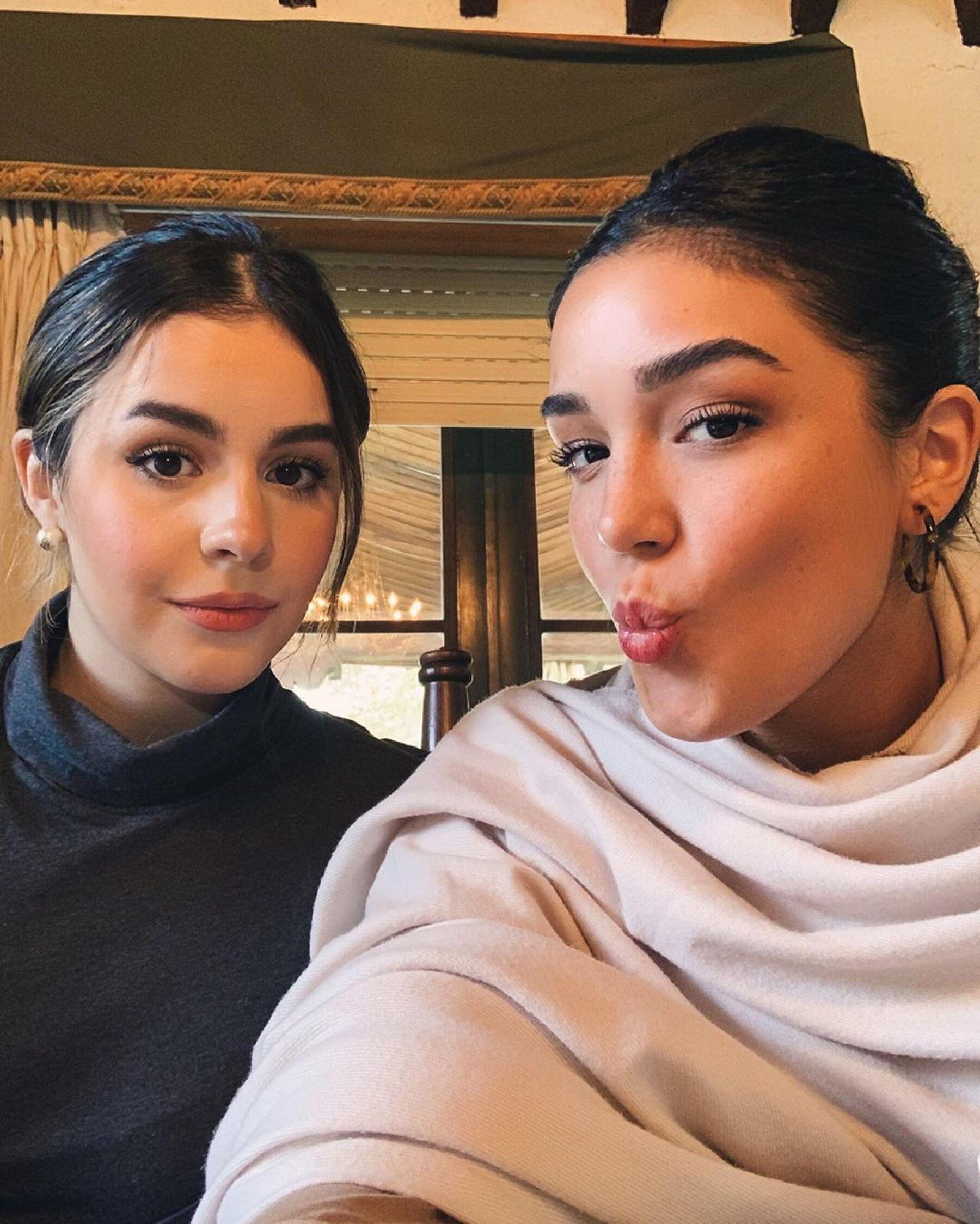 Alejandra y Ana Paula Capetillo