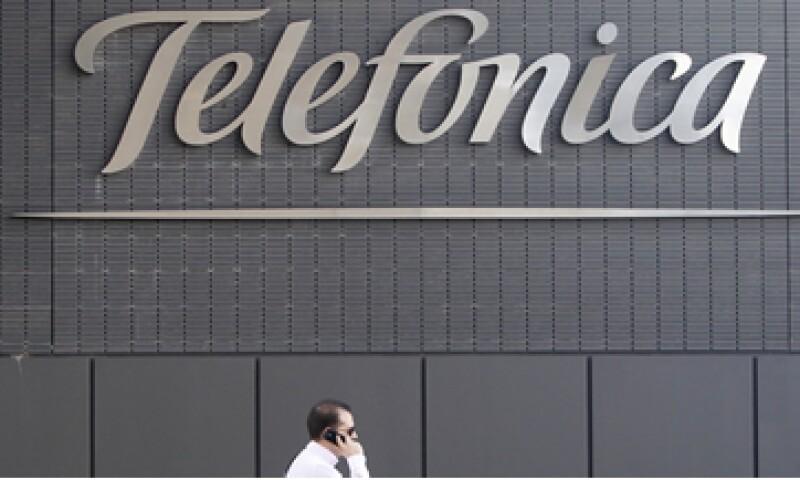 La participación de Telefónica México en el mercado de telefonía móvil podría disminuir ante la llegada de Virgin Mobile y el ingreso al mercado masivo de Nextel. (Foto: AP)
