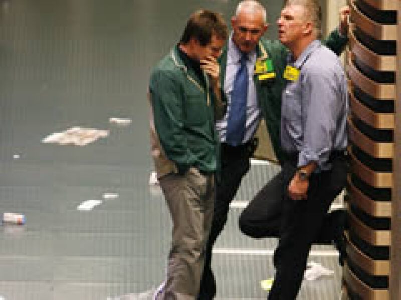 Wall Stree se vio afectado pues las ventas minoristas en EU apuntan a una mayor recesión. (Foto: Reuters)