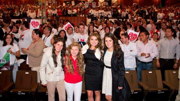 Nicole Peña, Fernanda Castro, Sofía Castro y Paulina Peña.