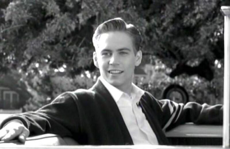 """El actor, fallecido este sábado, fue más que un sinónimo de autos, mujeres sexys y velocidad; recordamos su trayectoria antes y después de  """"The Fast and the Furious""""."""
