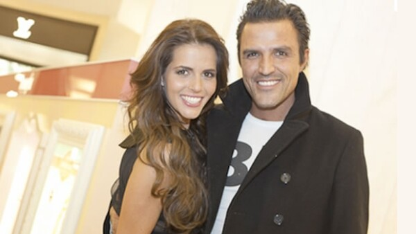 Billy Rovzar y Claudia Álvarez