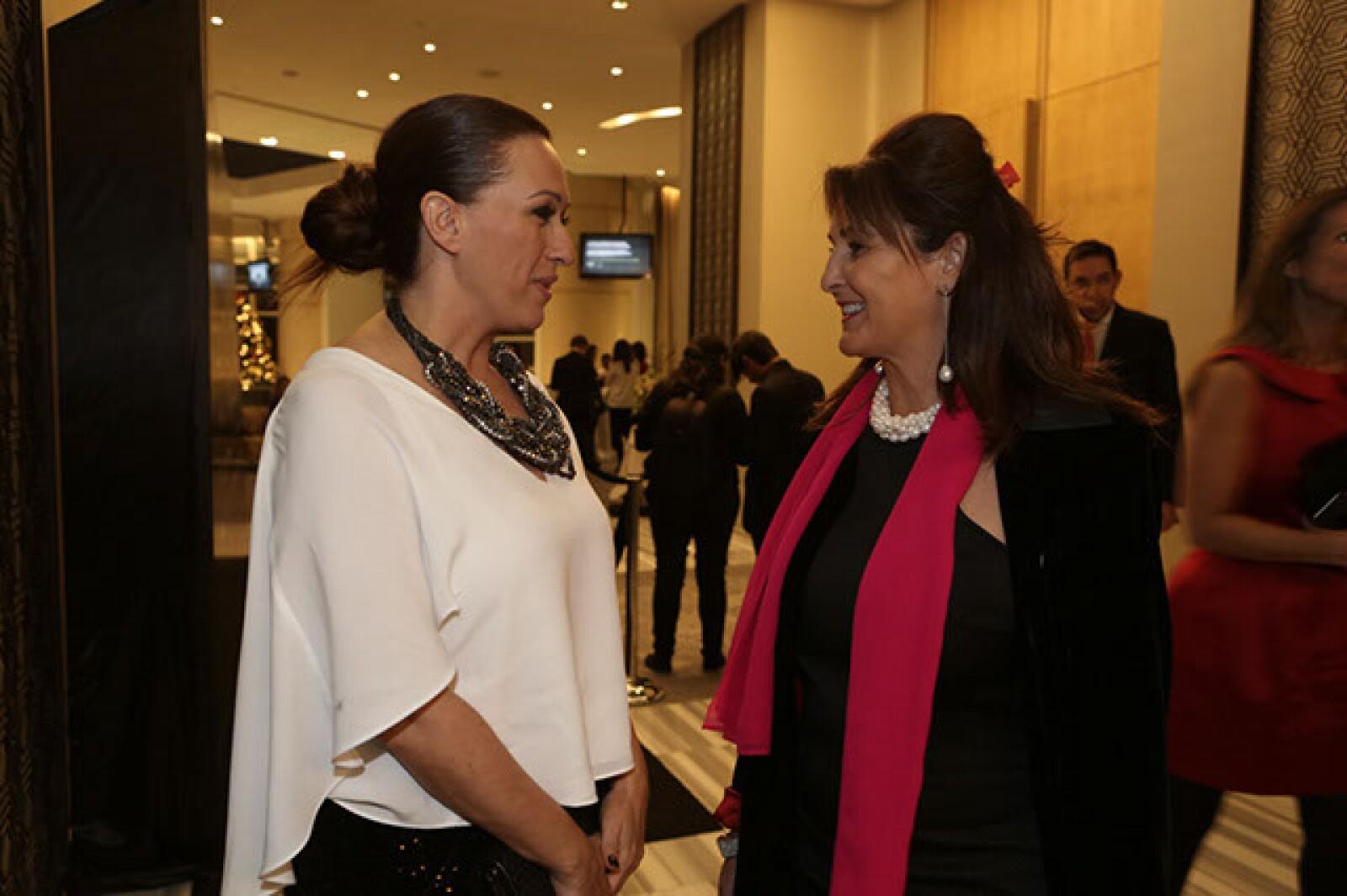 Lara Morato,Anna Molgó