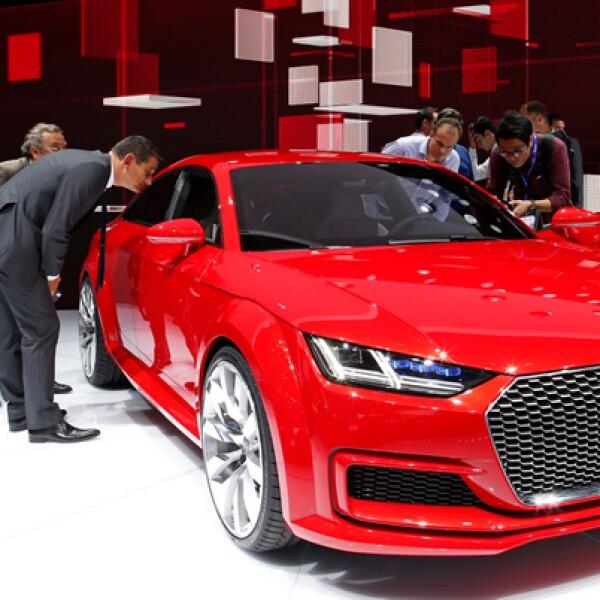 La automotriz alemana engalanó la feria con el prototipo Audi TT SportBack.