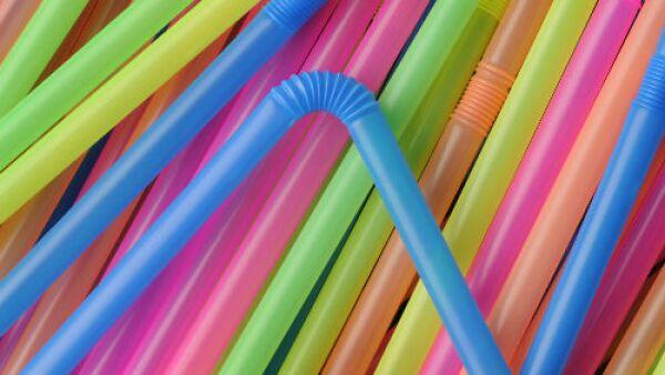 popotes de pl�stico de colores