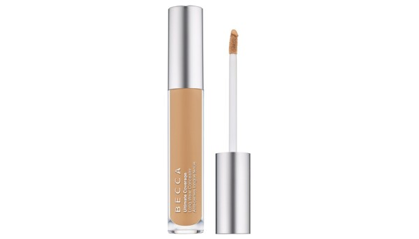 makeup secrets-maquillaje-blush-base-face mist-corrector-lipstick-becca