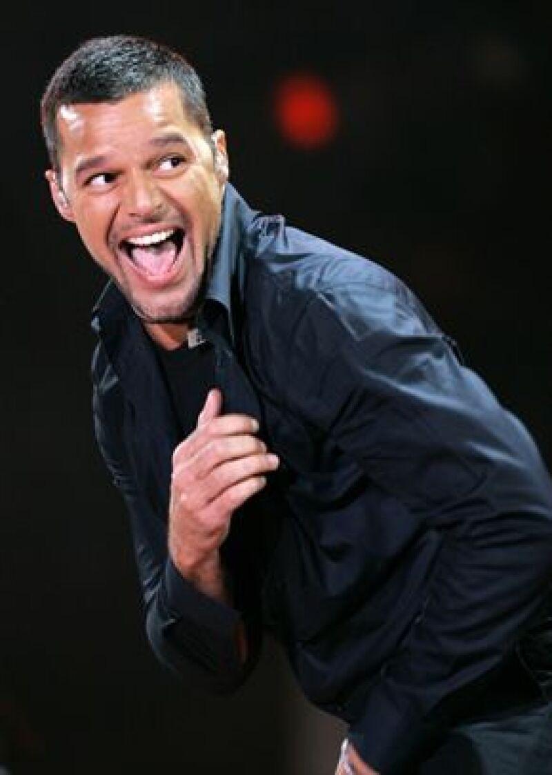 El cantante puertorriqueño festejará su cumpleaños el 24 de diciembre y ya tiene planes de sacar un nuevo disco en 2009 inspirado en sus gemelos.