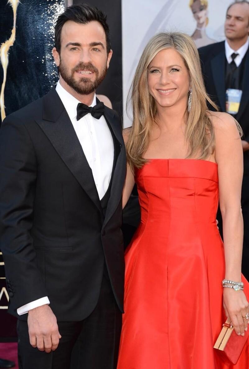 De acuerdo a unas fuentes cercanas, la actriz asegura que `Jennifer Theroux´suena gracioso y sofisticado, además, sería una prueba para demostrar el gran amor que le tiene a su prometido.