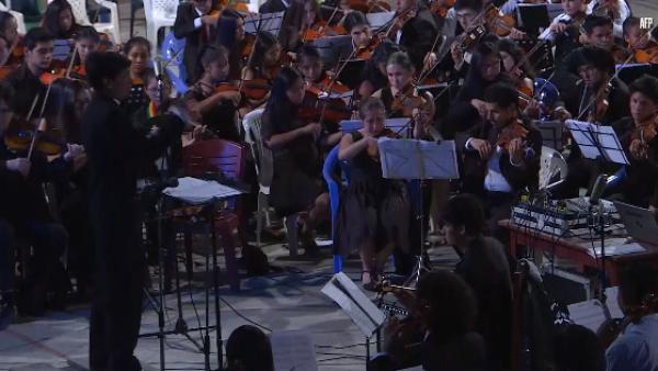 La Sinfónica Juvenil boliviana ayuda a los jóvenes a labrarse un futuro
