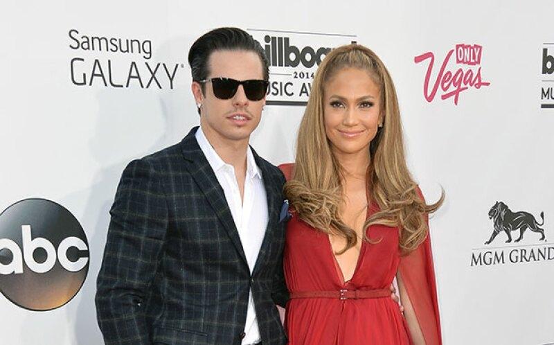 A bordo de un mismo automóvil, la pareja fue vista mientras abandonaba una fiesta en Los Ángeles, California.