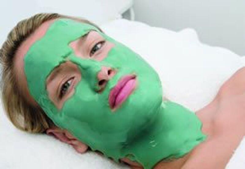 Las hojas de té previenen el envejecimiento celular de la piel.