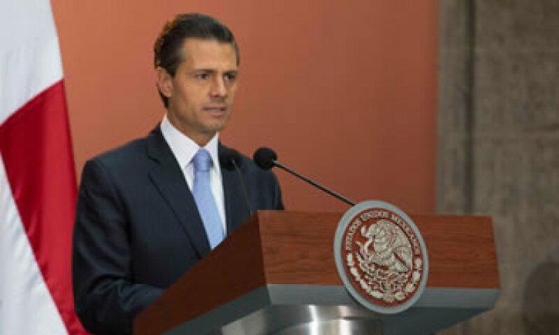 El presidente Enrique Peña Nieto dijo que en 2013 más de 153,000 Pymes recibieron apoyo del Inadem.    (Foto: Cuartoscuro)