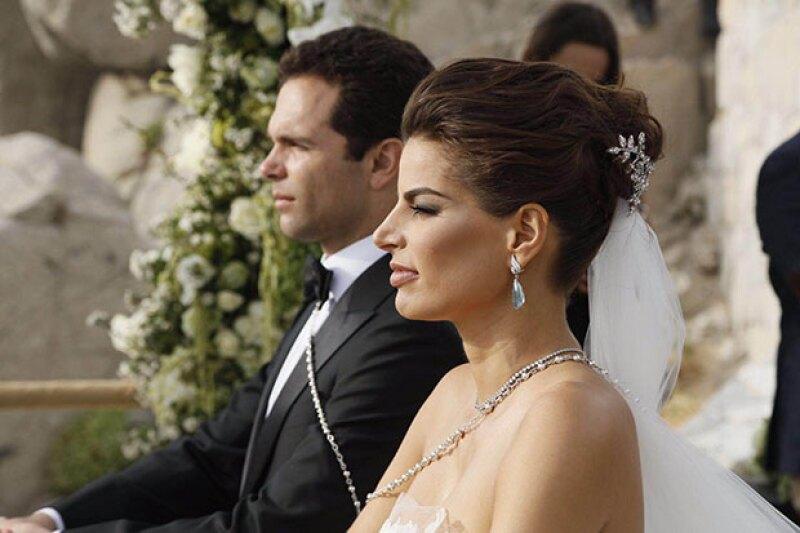 Bárbara y Alejandro son ahora la familia Hank-Coppel.