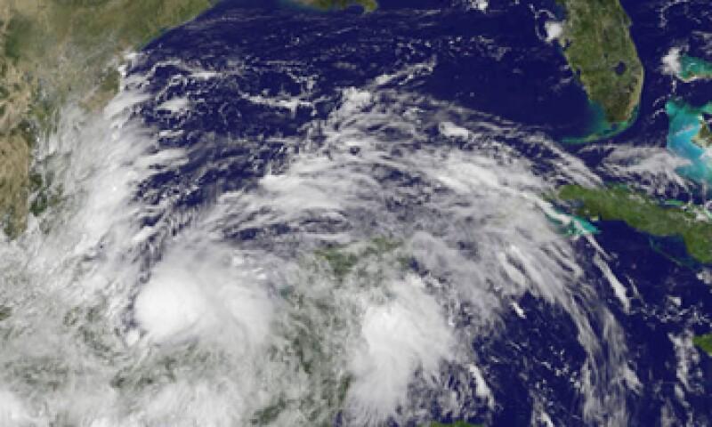 Se prevé que Ingrid toque tierra este lunes en Tamaulipas. (Foto: Reuters)