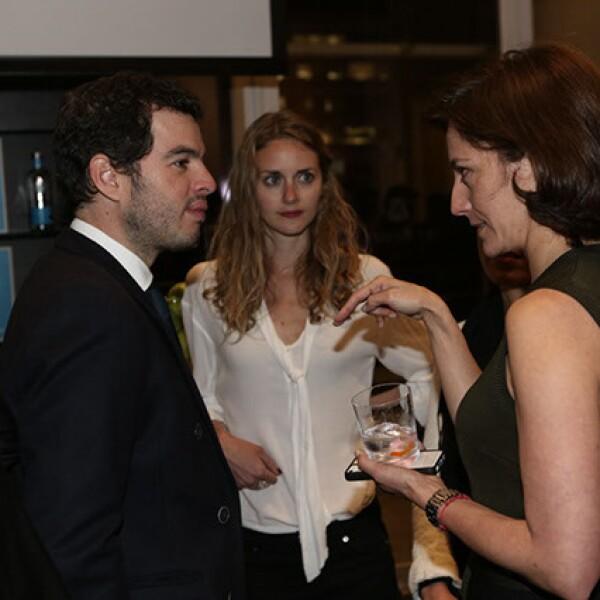 Rodrigo Peñafiel,Nicole Arnel,Sandra Chollet