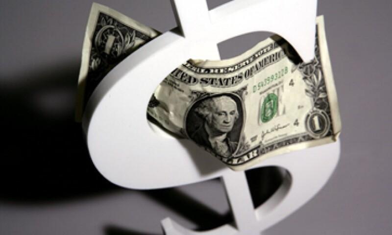 En una encuesta realizada por CNN, la mayoría de los estadounidenses piden que EU eleve el límite de la deuda. (Foto: Getty Images)