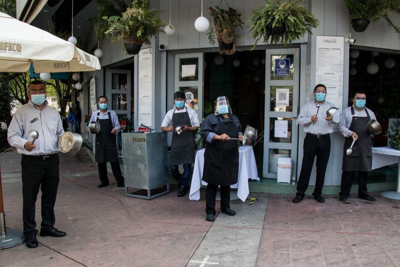 Los restauranteros ven insuficientes las medidas de apertura