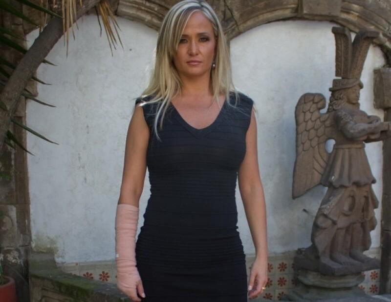 La actriz española asegura que fue novia oficial de Basteri y que en 2002 mantuvo relaciones sexuales con su hermano Luis Miguel.