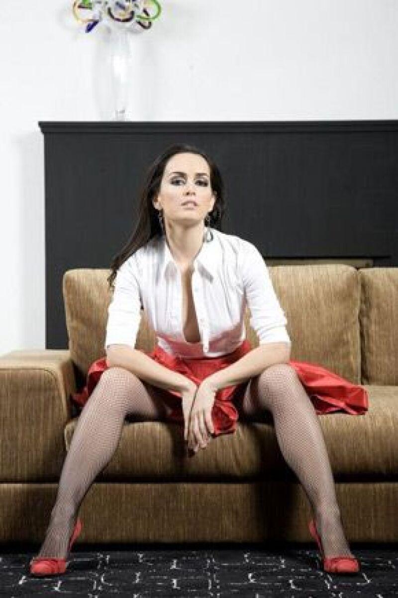 La actriz se siente satisfecha y con ímpetu de comenzar el próximo año con nuevas ofertas de trabajo y darse tiempo suficiente para ella y el amor.