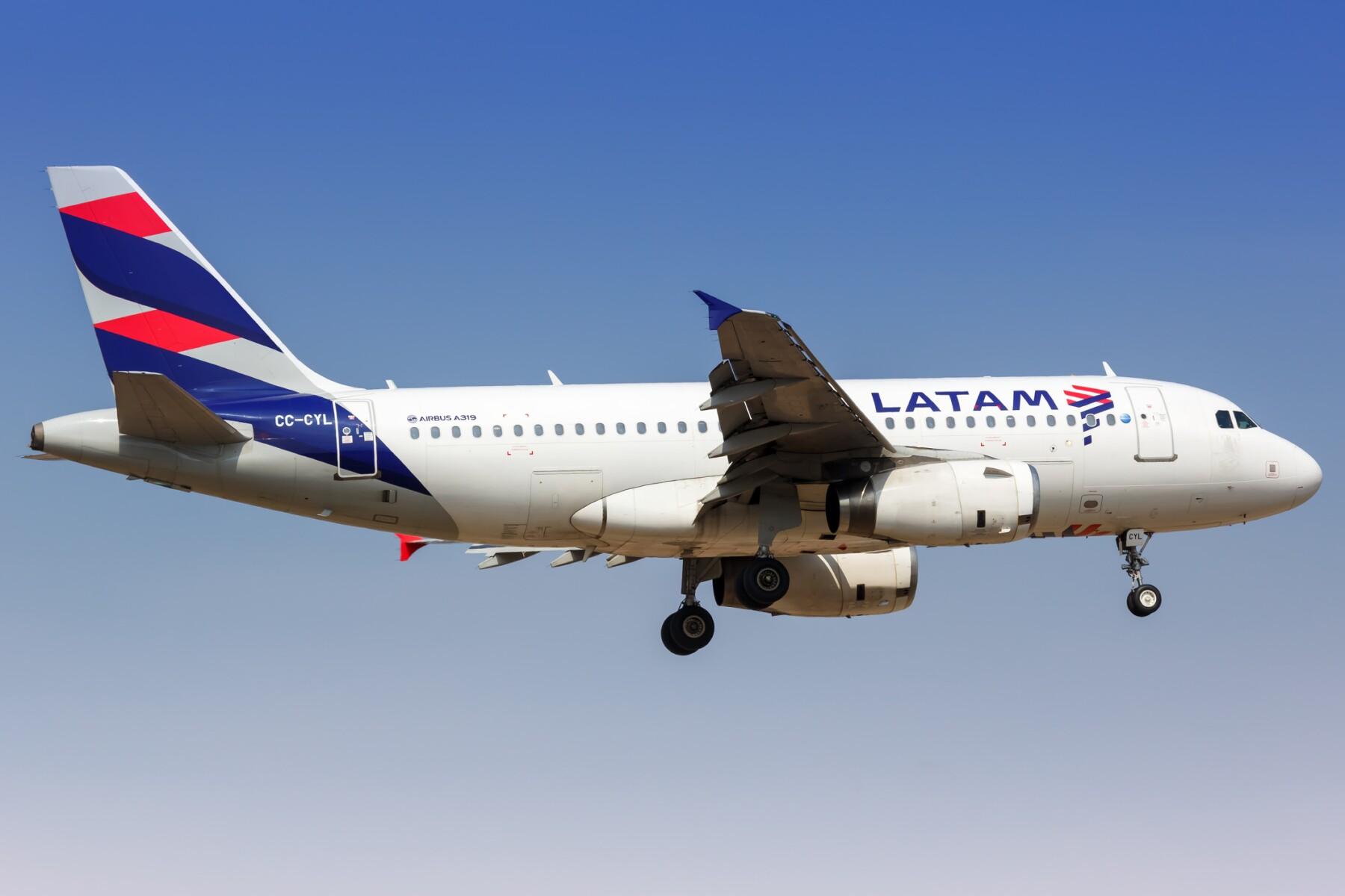 latam-airlines.jpg