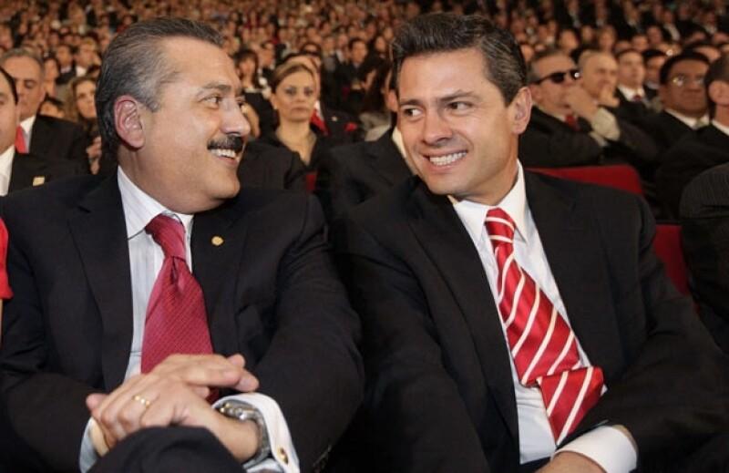 Con Peña Nieto lleva una relación, pero no una amistad.