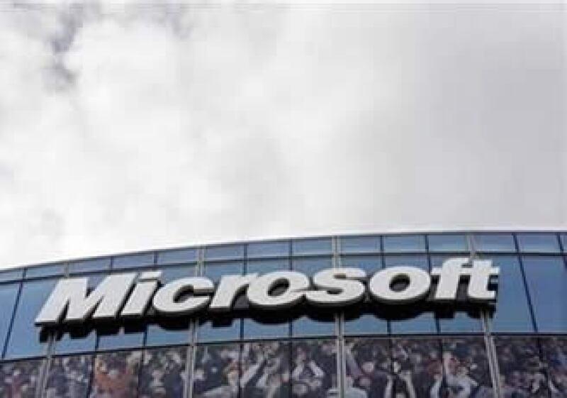 En el último reporte fiscal de 2012, Microsoft registró utilidades por 6,400 millones de dólares. (Foto: Reuters)