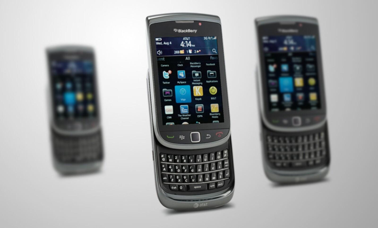 ¿Es papá un hombre de negocios? Entonces lo que necesita es un Smartphone: la BlackBerry Torch le puede agradar.