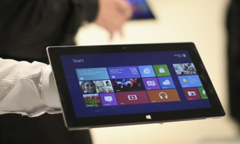 Microsoft lanzó la Surface en octubre de 2012.  (Foto: Reuters)