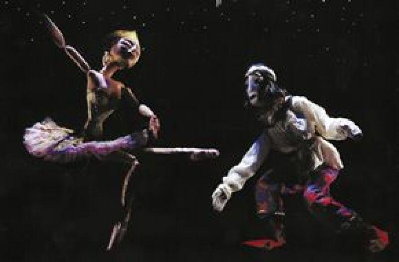 """""""Petrushka"""" y """"Cuadros de una exposición"""" son obras con piano y marionetas que se presentan en el Teatro Julio Prieto."""