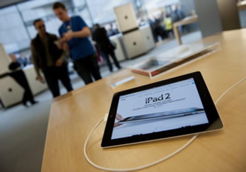 En su reporte, Wu dice que la producción ha mejorado gracias a la exitosa reorganización y conversión de más líneas de producción redirigidas a la iPad 2. (Foto: AP)
