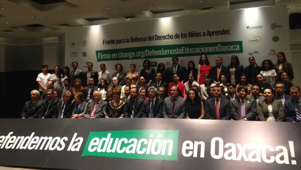 Organizaciones civiles y empresario llamaron a hacer un frente por la educación en Oaxaca, para evitar mayores afectaciones en la entidad.