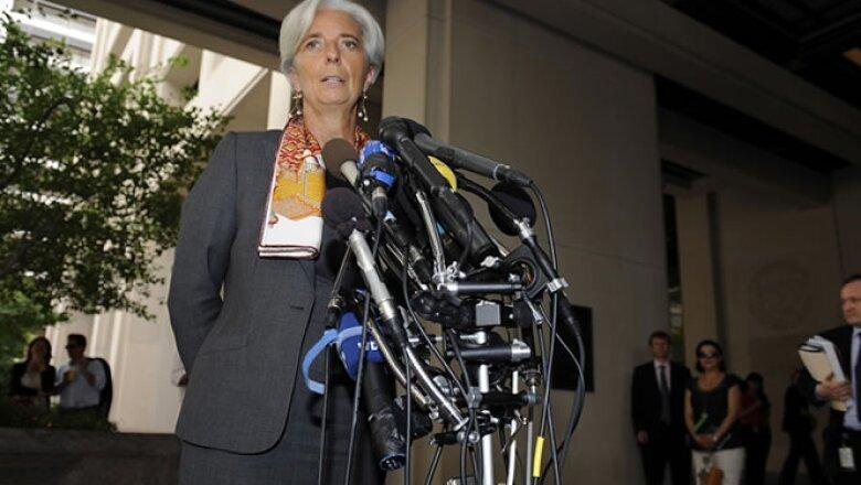 Pese a que Estados Unidos ha guardado silencio, se espera que apoye a Lagarde para preservar la antigua convención junto a Europa de que estadounidenses ocupen el segundo puesto del FMI y la presidencia del Banco Mundial.