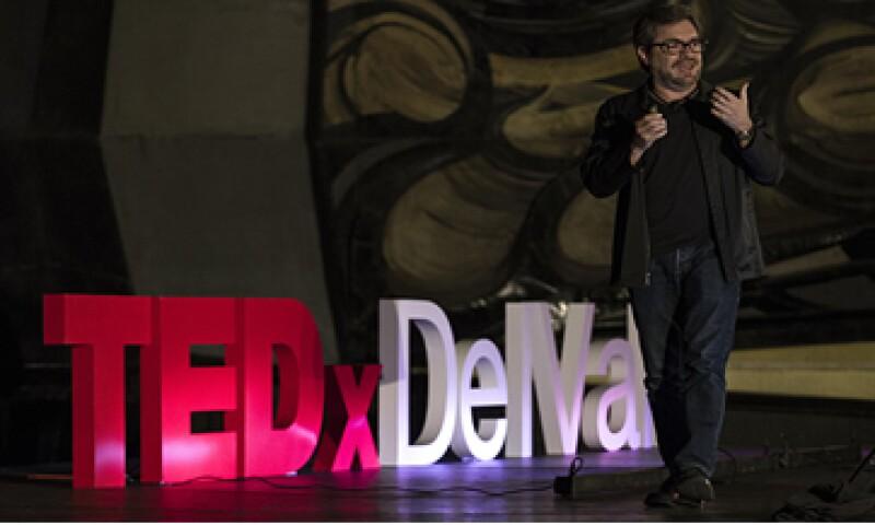 Eduardo Caccia, experto en neuromarketing, dijo que las buenas preguntas abren puertas. (Foto: Jesús Almazán)