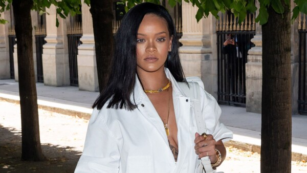 Paris Fashion Week: Rihanna arrive at the Louis Vuitton Menswear Spring/Summer 2019 Show